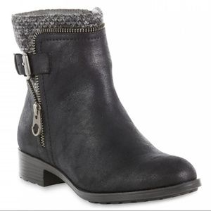 NWOT Laura Scott Ankle Boots